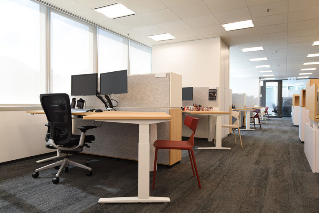 sit-stand-office-desks-workstations-sydney-cbd
